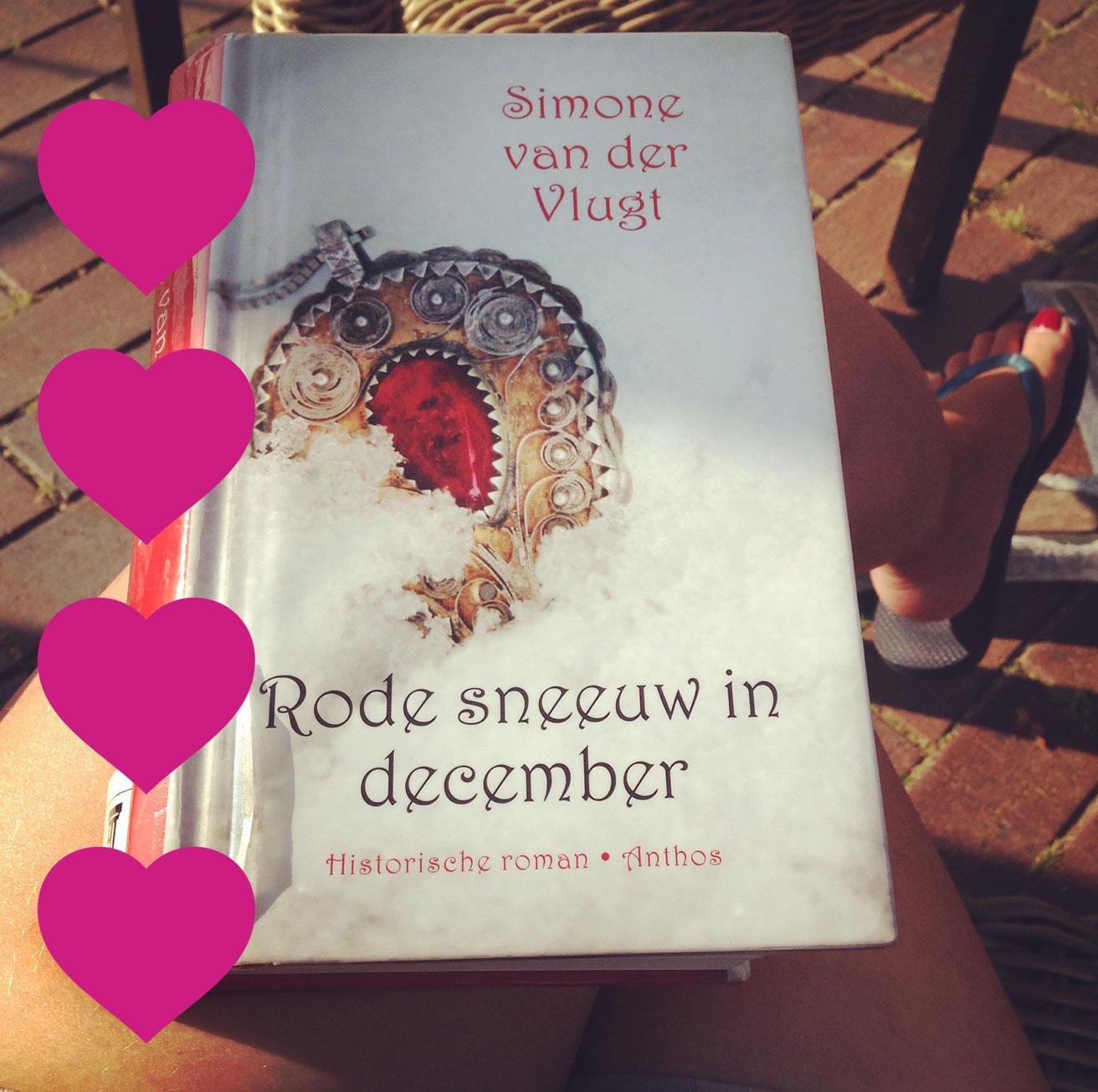 Rode sneeuw in december | Simone van der Vlugt | Bladzijde26